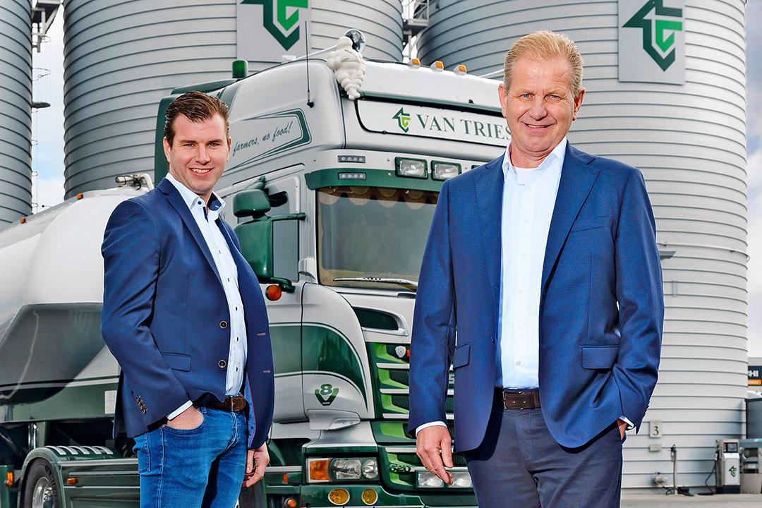 Rick en Hein van Triest hebben de dagelijkse leiding over Van Triest Veevoeders in Hoogeveen. Zestig jaar geleden begon de vader van Hein met de handel in voeders. - Foto: Ruud Ploeg -