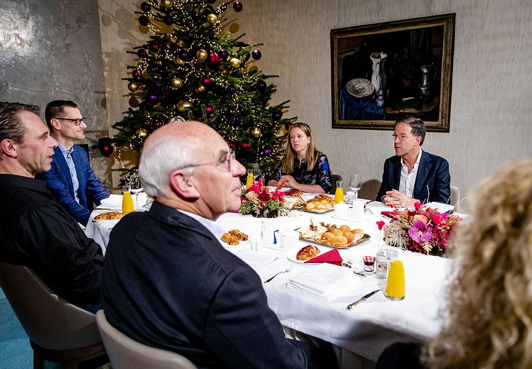 Premier Mark Rutte en landbouwminister Carola Schouten spreken op het Catshuis met het Landbouw Collectief over de stikstofproblematiek. - Foto: ANP - Foto: Sem van der Wal