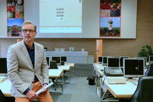 Directeur van afzetorganisatie ZON fruit & vegetables Michiel van Ginkel. - Foto: Lé Giesen -