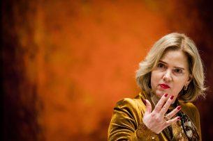 Minister Cora van Nieuwenhuizen van Infrastructuur en Waterstaat (VVD). - Foto: ANP