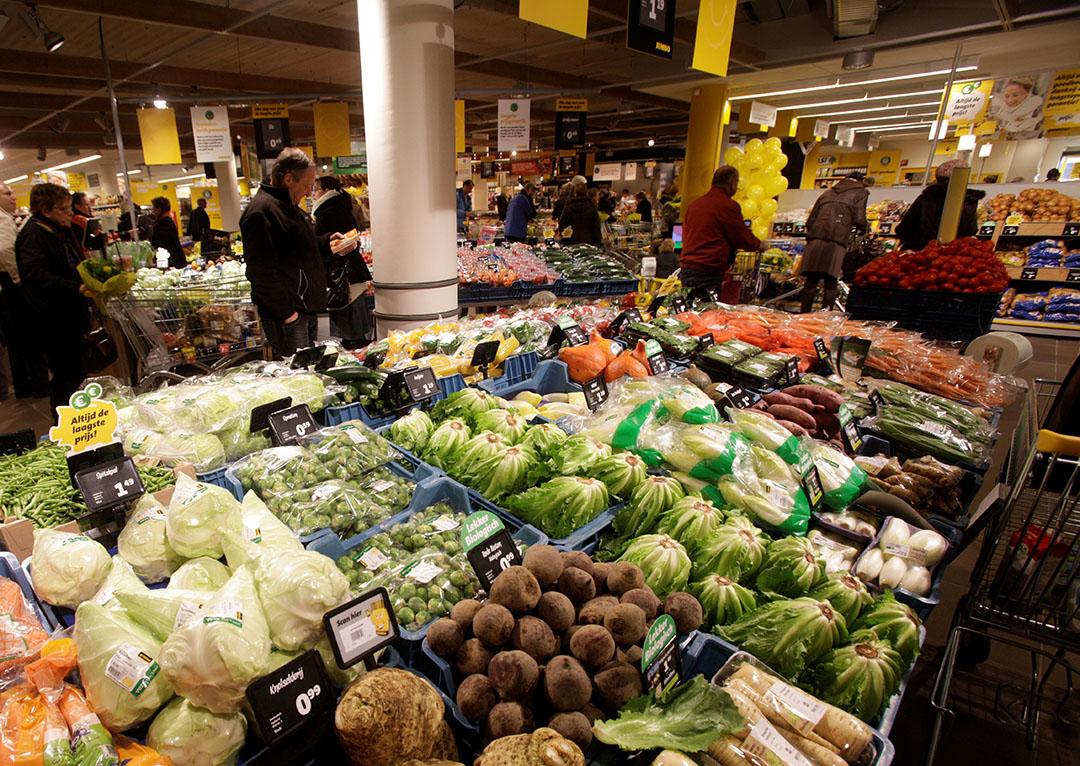 Jumbo verkoopt alleen nog PlanetProof-gecertificeerde groente en fruit. - Foto: Ton van der Scheer.