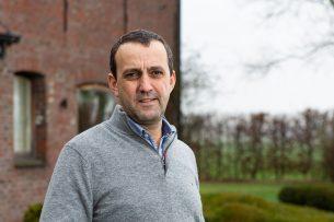 Jeroen Dewulf (45) is hoogleraar veterinaire epidemiologie aan de faculteit diergeneeskunde van de universiteit Gent. - Foto: Peter Roek