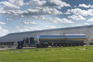 Het ophalen van melk op een Amerikaans melkveebedrijf. - Foto: Mark Pasveer