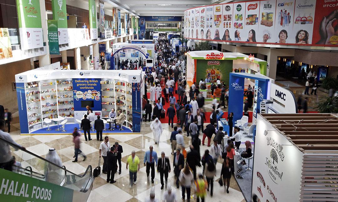 Handelaren, kopers en verkopers worden door het coronavirus bang om te reizen. Veel partijen in de zuivel laten zelfs de belangrijke jaarlijkse Gulfood-beurs in Dubai aan zich voorbijgaan. - Foto: ANP
