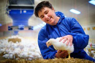 Onderzoeker Ingrid de Jong van Wageningen Livestock Research. - Foto: WLR