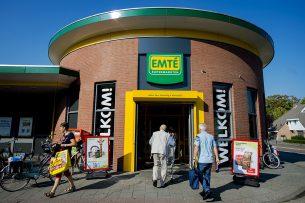 Een Emté-winkel in Veghel. Intussen zijn alle Emté-winkels omgevormd naar een Jumbo- of Coop-supermarkt. - Foto: ANP