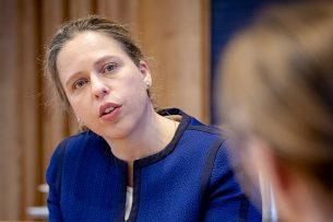 Minister Carola Schouten van Landbouw, Natuur en Voedselkwaliteit meldt dat de Europese Commissie nu eerst zaken die spelen rondom de coronacrisis wil oppakken - Foto: ANP