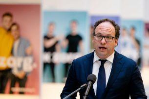 Minister Wouter Koolmees (Sociale Zaken en Werkgelegenheid) kondigde dinsdag 31 maart extra maatregelen aan om bedrijven te helpen die zijn getroffen door de coronacrisis. - Foto: ANP