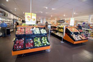 Groenteafdeling van Albert Heijn. Greenyard is eigenaar van Bakker Barendrecht dat in Nederland AH belevert van groenten en fruit. Foto: ANP