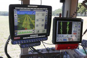 Gps-gestuurde machines zijn populair onder Duitse boeren. - Foto: Hans Prinsen