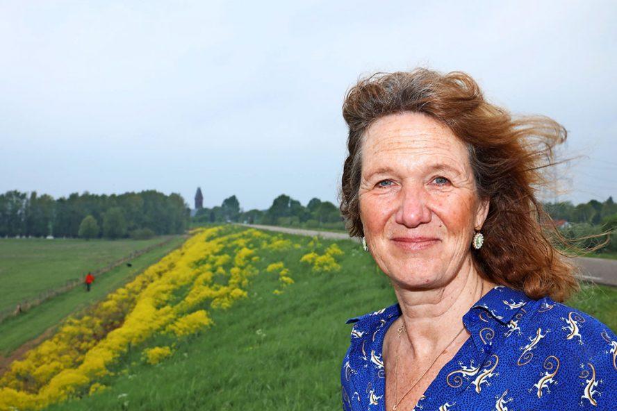 """Lizanne Roeleven: """"Boeren gaan altijd door. Ook als het water hen aan de lippen staat."""" - Foto: Henk Riswick"""