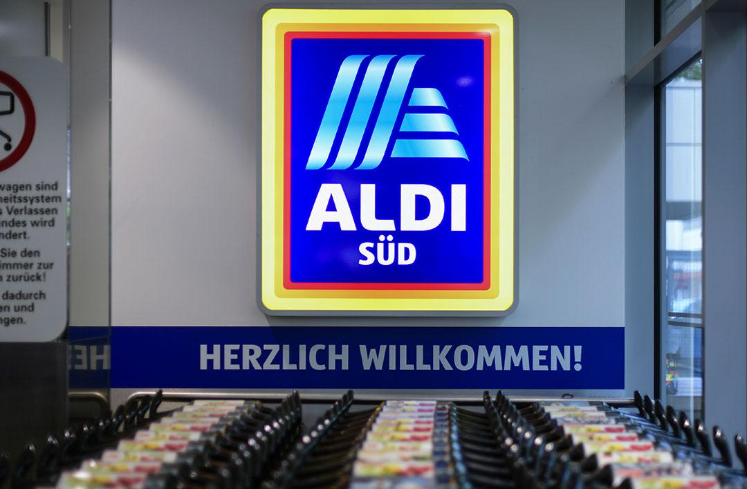 Aan de kassa's van Aldi in Duitsland wordt van de consument €0,06 per liter melk meer gevraagd. Foto: ANP
