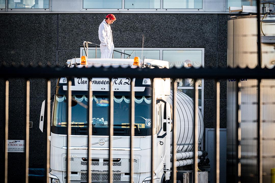 Varkensslachterij Van Rooi Meat in Helmond is vrijdag gesloten na positieve coronatests bij medewerkers. De sluiting zou tot en met dinsdag gelden. - Foto: ANP