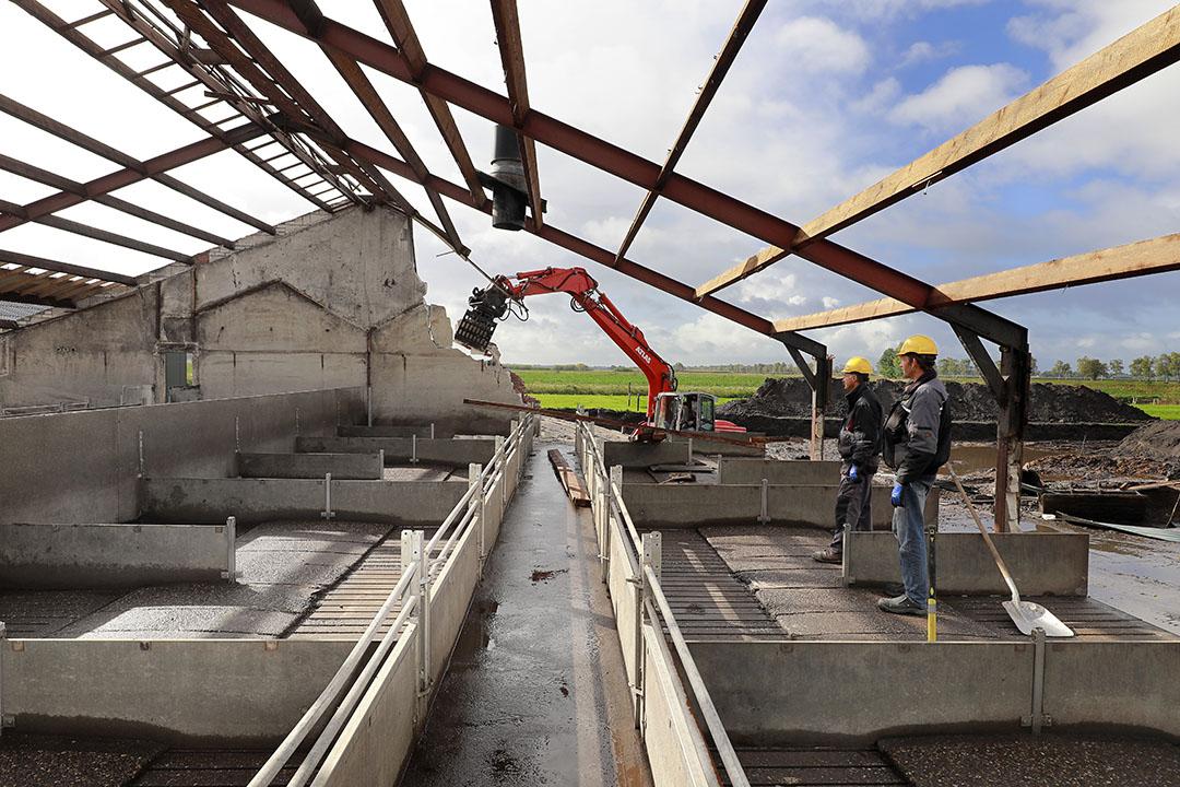 Sloop van een varkensstal. Afhankelijk van het aantal te slopen vierkante meters kan er woningbouw voor in de plaats komen met de RvR-regeling. Foto: Ruud Ploeg