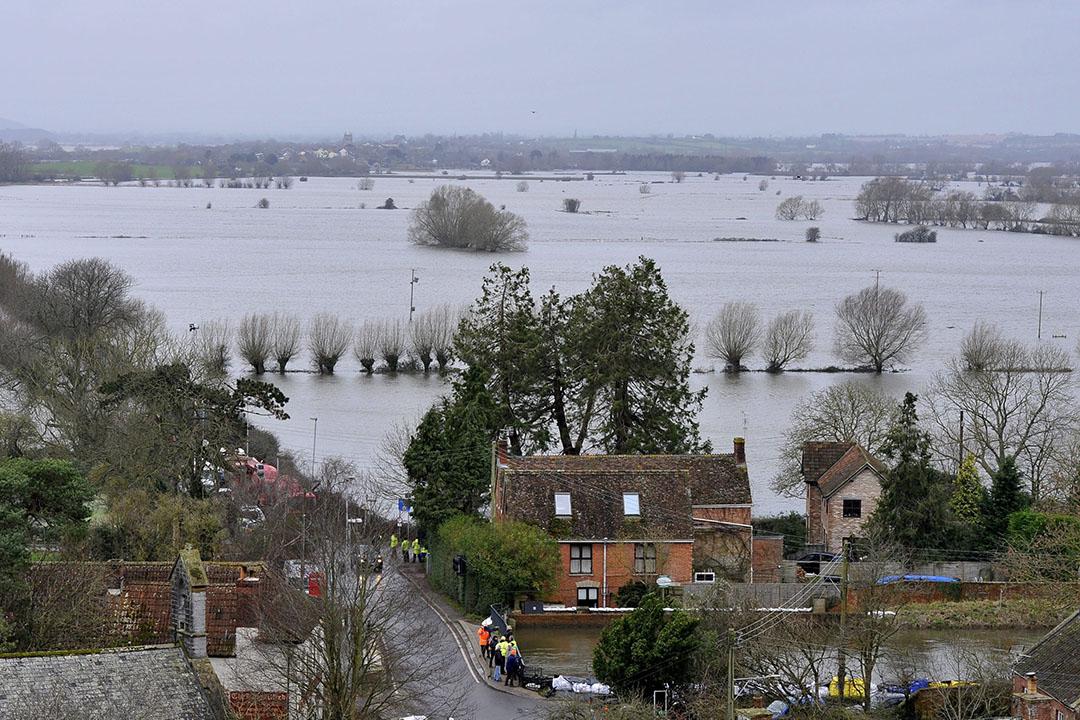 In januari en februari hadden grote delen van Engeland te kampen met zeer hoog water. - Foto: ANP