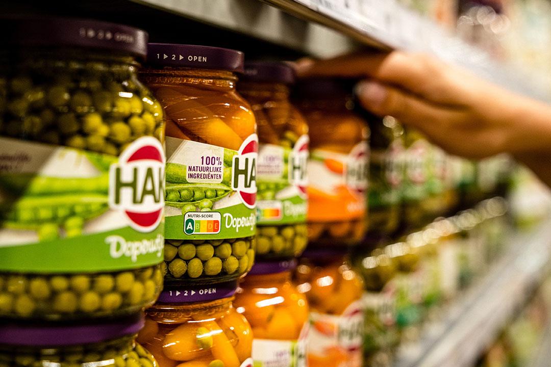 Producten van HAK in een supermarkt. - Foto: ANP