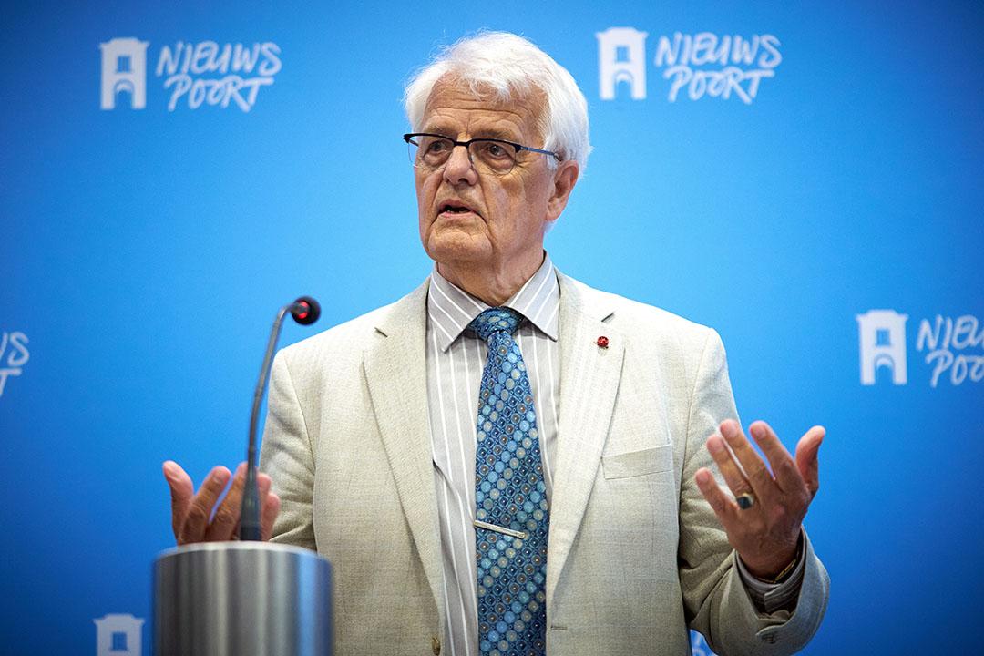 Commissievoorzitter Leen Hordijk van het adviescollege Meten en Berekenen stikstof tijdens de presentatie van het eindrapport in Nieuwspoort. - Foto: ANP