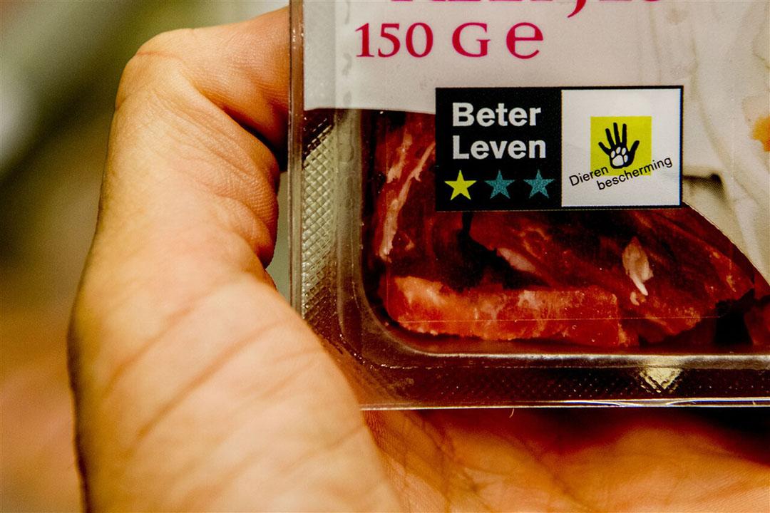 Varkensvlees met 1 ster Beter Leven in de supermarkt. - Foto: ANP