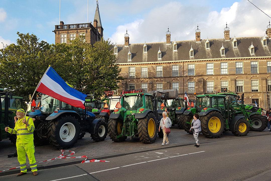 Trekkers in Den Haag bij het protest vanwege het debat in de Tweede Kamer over de voermaatregel om de stikstofuitstoot te verlagen. - Foto's: Mariska Vermaas