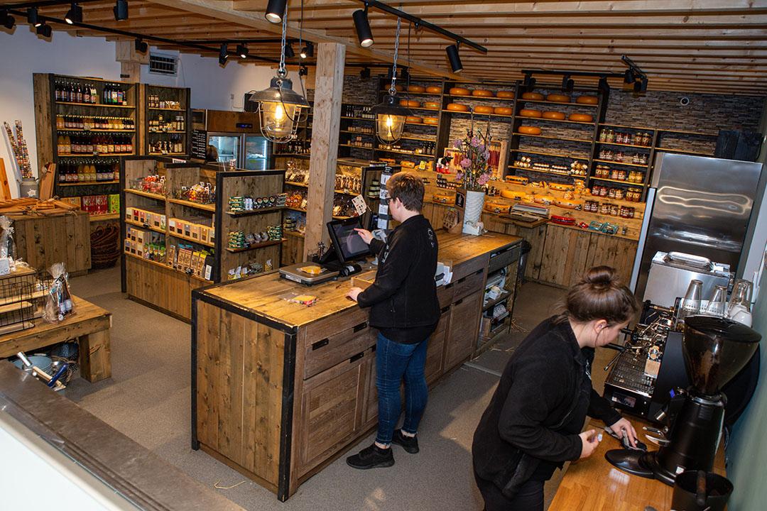 Melkveebedrijf Snoek in Teteringen (N.-Br.) maakt en verkoopt sinds 2019 ijs en andere producten. - Foto: Peter Roek