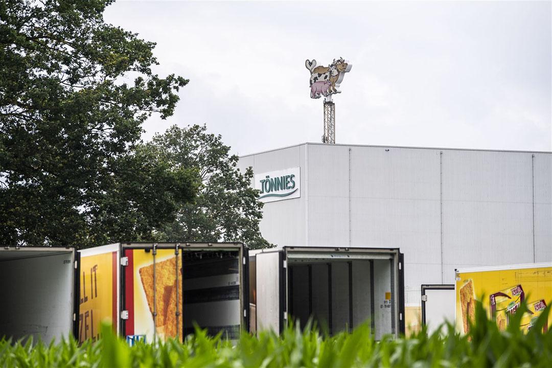 Door de besmettingsgolf in de grootste varkensslachterij van Duitsland moest de hele Landkreis Gütersloh en een aangrenzend district in een nieuwe lockdown. Foto: ANP