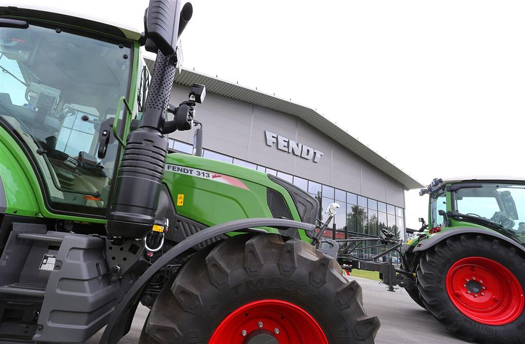 Trekkers bij het hoofdkantoor van Fendt, een van de Agco-merken, in Marktoberdorf, Duitsland. Analisten verwachten grotere marges voor fabrikanten van landbouwmachines. - Foto: ANP