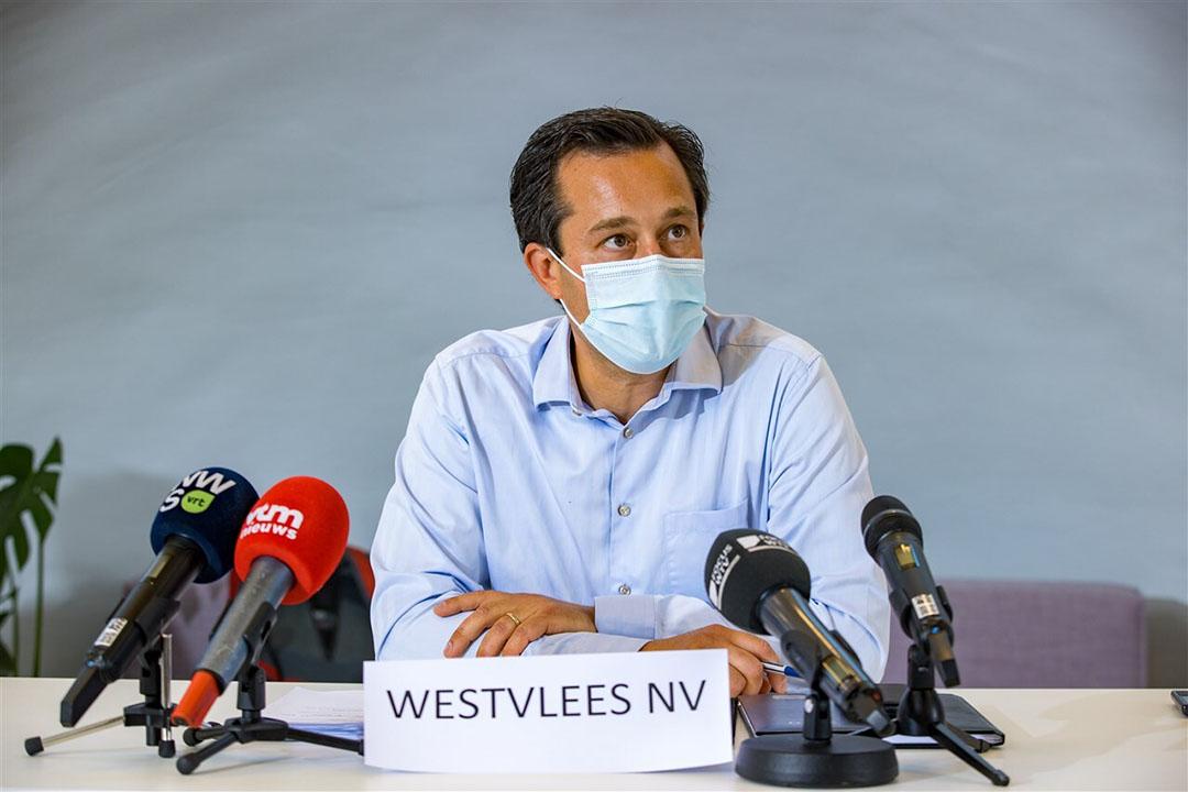 Woordvoerder van Westvlees tijdens een persconferentie eerder deze maand. Foto: ANP