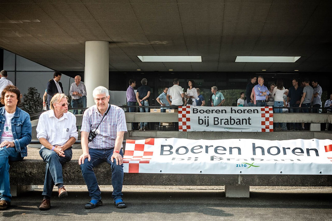 Archiefbeeld van boerenprotesten bij het Brabants provinciehuis naar aanleiding van plannen om de veehouderij in Brabant versneld te verduurzamen. - Foto: ANP
