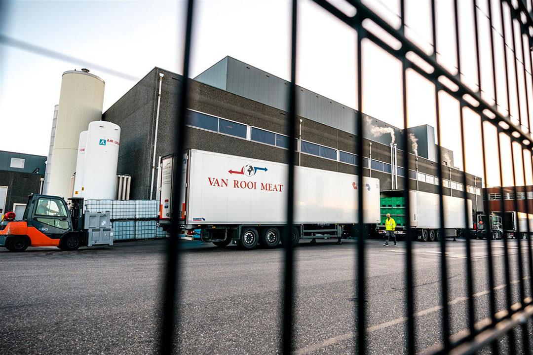 In mei moest Van Rooi Meat in Helmond dicht vanwege coronabesmettingen onder het personeel van het slachthuis. - Foto: ANP