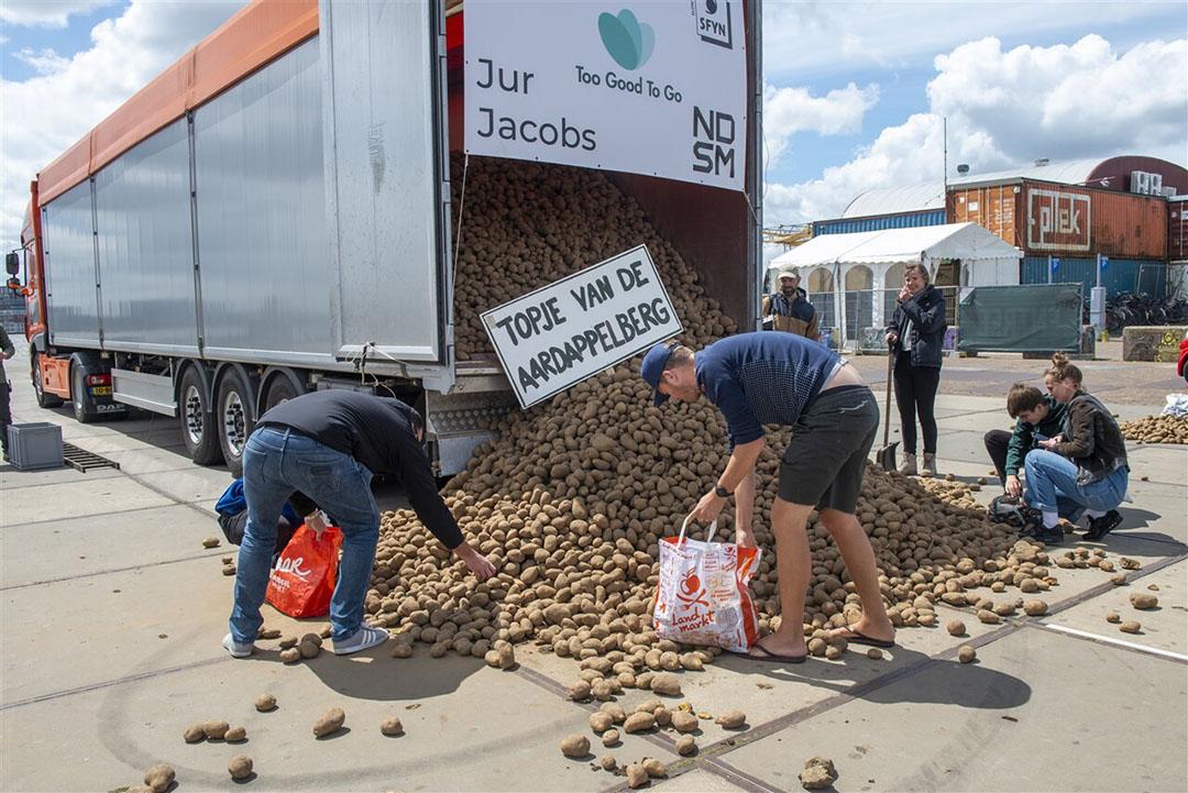 Door het wegvallen van de vraag vanuit de horeca kampten aardappeltelers in de coronacrisis aan een enorm overschot. - Foto: ANP