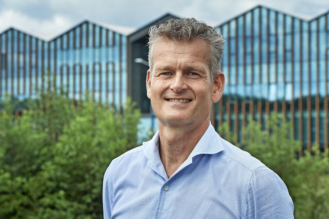 """Erik Does (51) is algemeen directeur van de biologische supermarktketen Udea. ,,Biologisch is duurzamer."""" - Foto: Van Assendelft"""