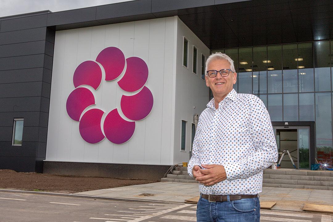 Wil Beekers is een van de drie aandeelhouders van het Britse in zachtfruit gespecialiseerde BerryWorld. - Foto's: Peter Roek