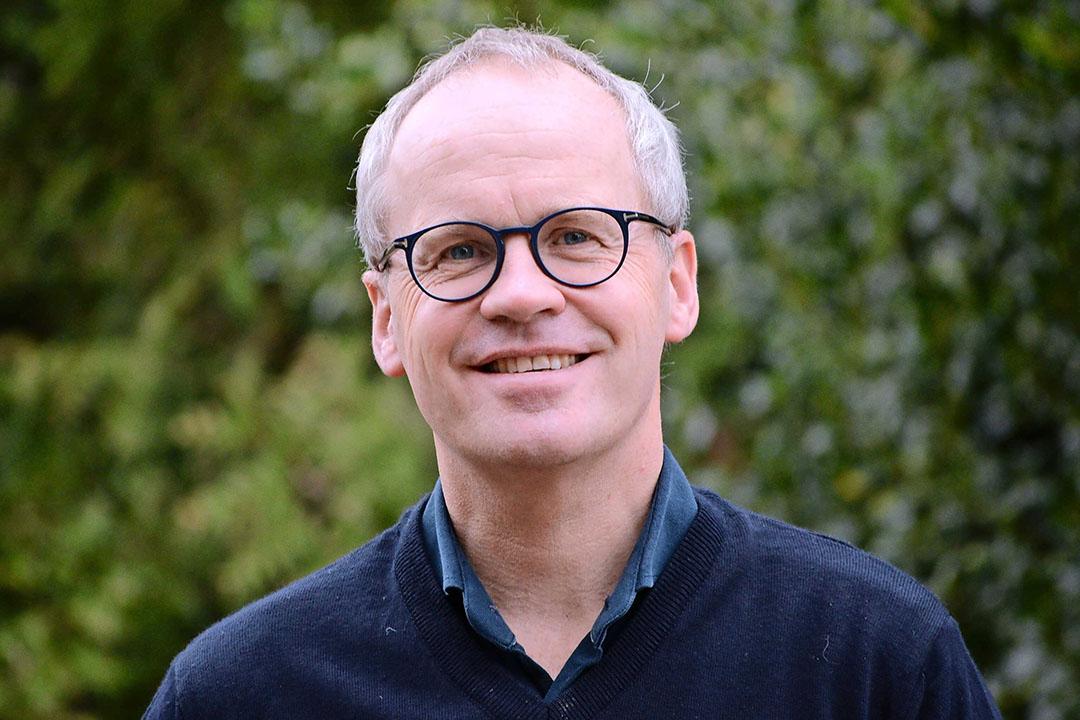 Michaël Wilde (50) is directeur van Bionext, de ketenorganisatie van biologische boeren, handelaren en winkeliers. Hij werkte 12 jaar als Duurzaamheid & Communicatiemanager bij het biologisch handelsbedrijf Eosta. - Foto: Bionext