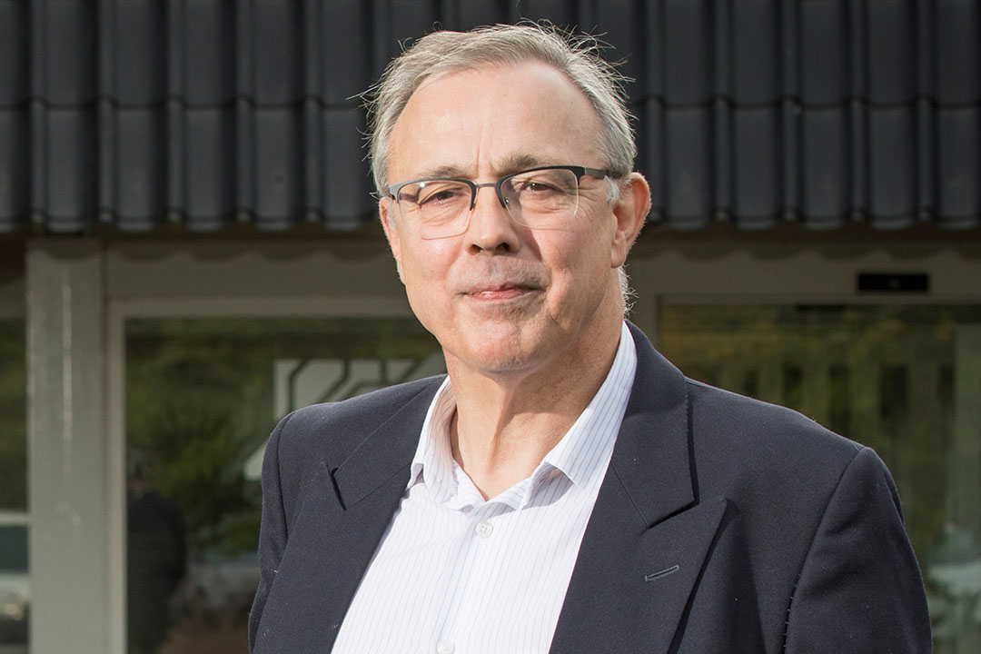 Veevoerdeskundige Piet van der Aar constateert dat een groter deel van de voermaatregel is gebaseerd op schattingen dan hij veronderstelde. - Foto: Koos Groenewold