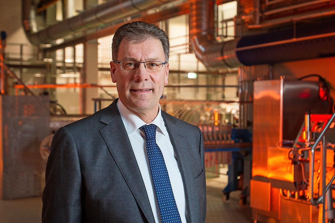 """Dirk de Lugt is voorzitter van de raad van beheer van Cosun. Hij staat welwillend tegenover een internationale brancheorganisatie. """"Er is nu een grote onbalans in de suikermarkt.""""- Foto: Peter Roek"""