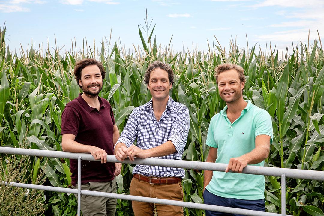 """Gijs, Tim en Diederik van Rijn zijn de oprichters en eigenaren van Kernfarm. """"Hoewel we onszelf niet meer als start-up zien, is onze eigen lijn dat min of meer wel."""" - Foto: Herbert Wiggerman"""