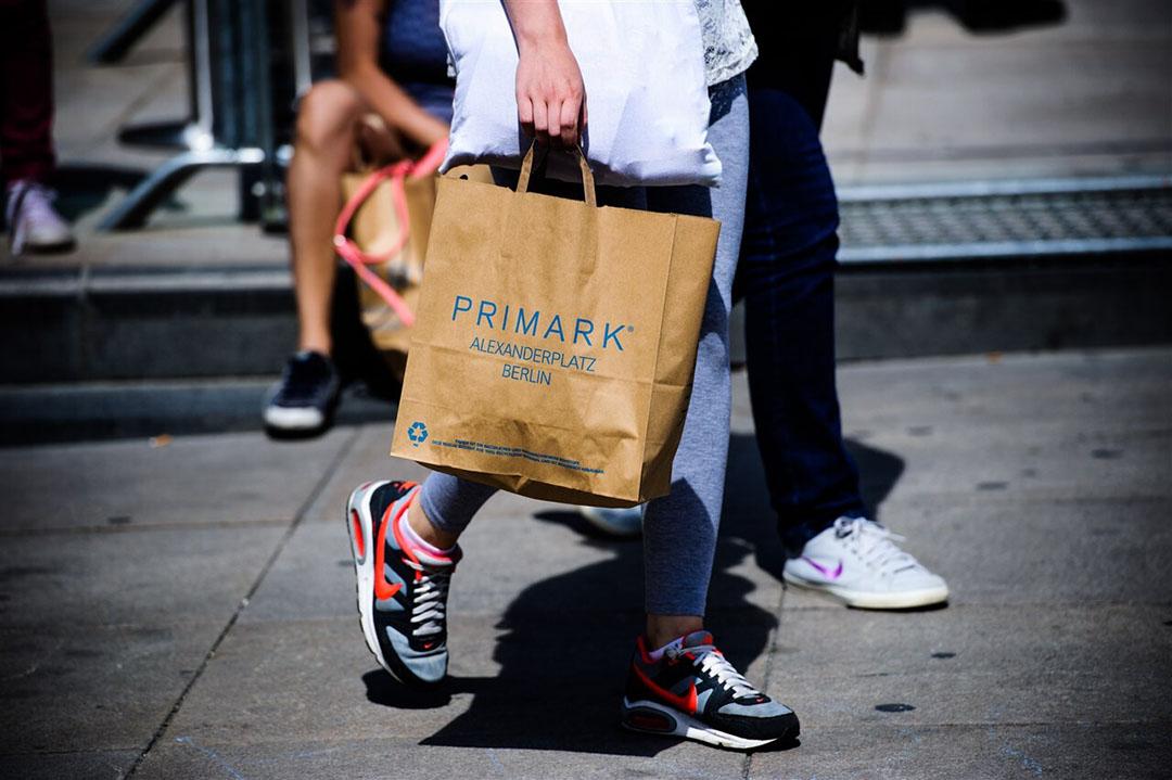 De kledingtak van Primark doet het, na de vele sluitingen wegens corona, ook weer beter dan verwacht. Suikerdivisie AB Sugar profiteert van een sterk herstel van de Europese suikerprijzen. Foto: ANP
