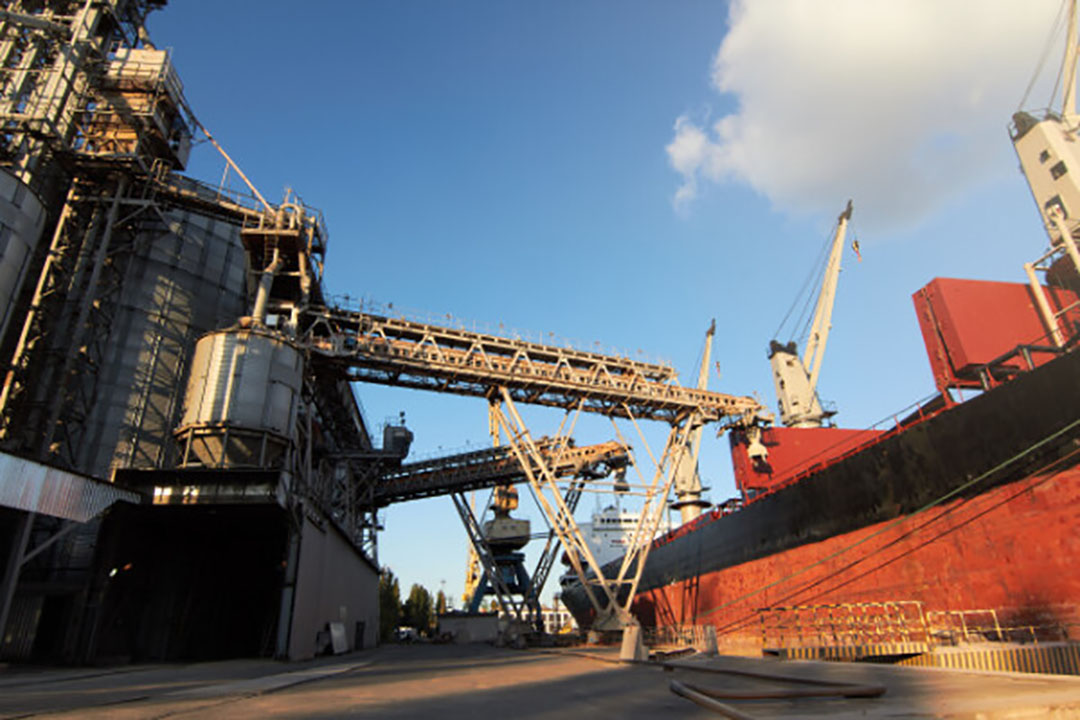China is 's werelds grootste importeur van grondstoffen. - Foto: Canva