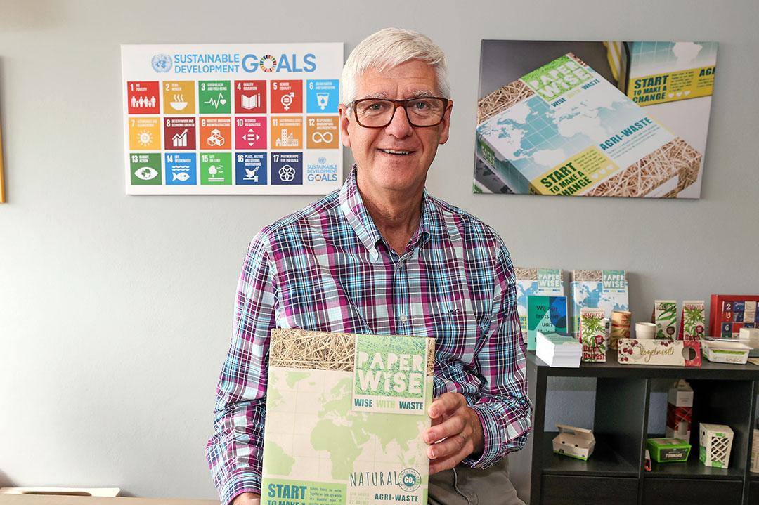 Peter van Rosmalen is de oprichter van PaperWise. PaperWise maakt papier en karton van 100% reststromen uit de landbouw. Foto: Bert Jansen