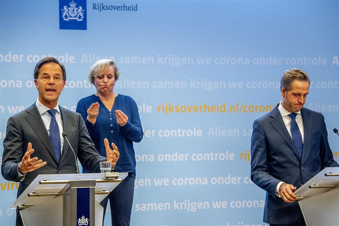 Premier Mark Rutte en Minister Hugo de Jonge van Volksgezondheid, Welzijn en Sport tijdens de persconferentie op dinsdag 13 oktober over de nieuwe coronamaatregelen. Foto: ANP