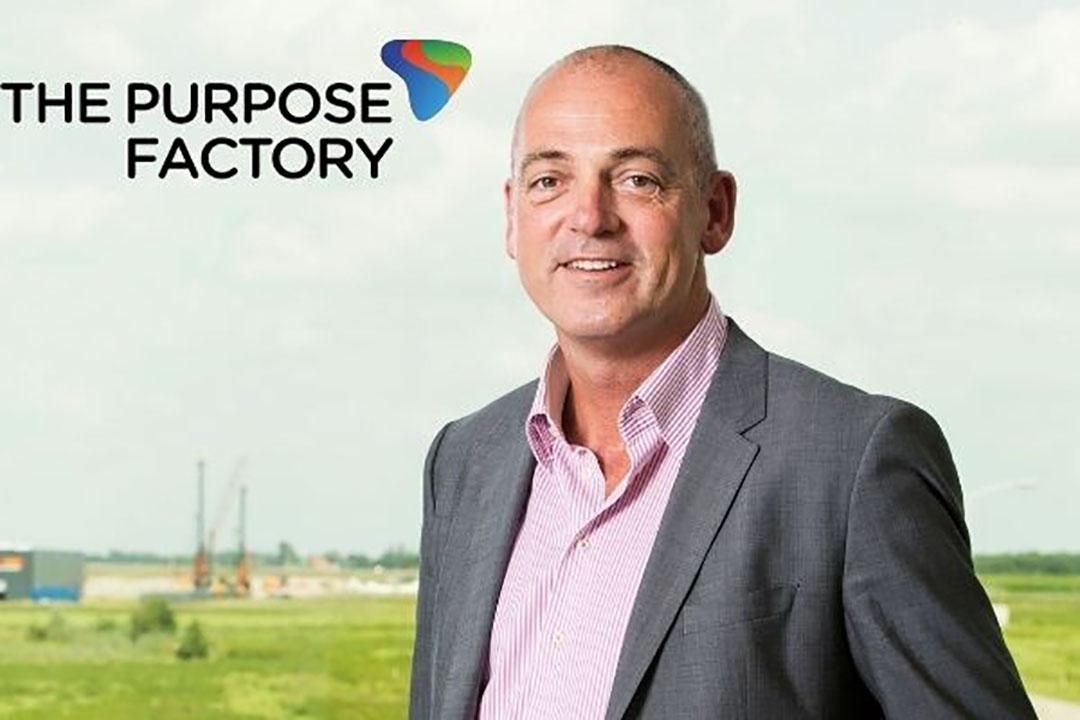 Oud-zuiveltopman Theo Spierings. - Foto: Koos Groenewold. Logo: The Purpose Factory