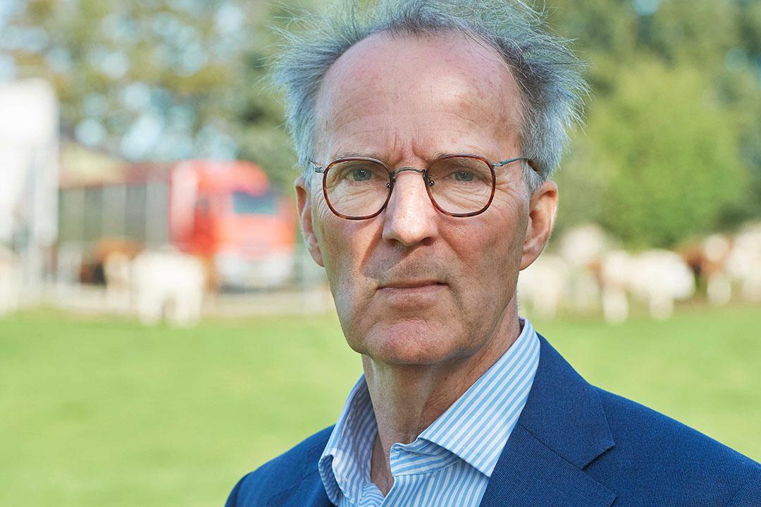 Rens van Dobbenburgh is voorzitter van de FVE, de Europese federatie van dierenartsenorganisaties. - Foto: Van Assendelft Fotografie