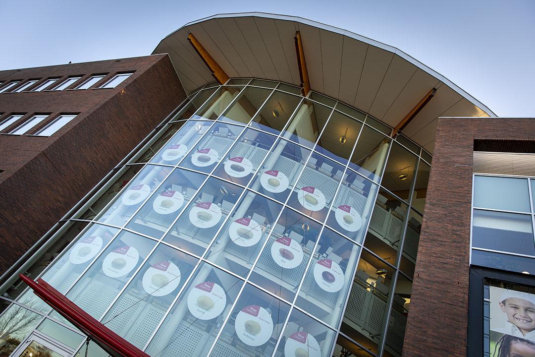 Het hoofdkantoor van HZPC in Joure. - Foto: Anne van der Woude