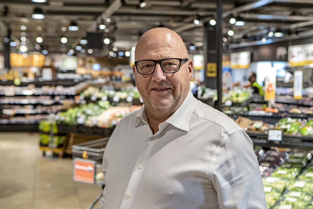 """Hans Kok (Jumbo Deventer): """"Ik vind het harstikke leuk om lokale producten in mijn supermarkt te verkopen."""" - Foto: Ronald Hissink"""