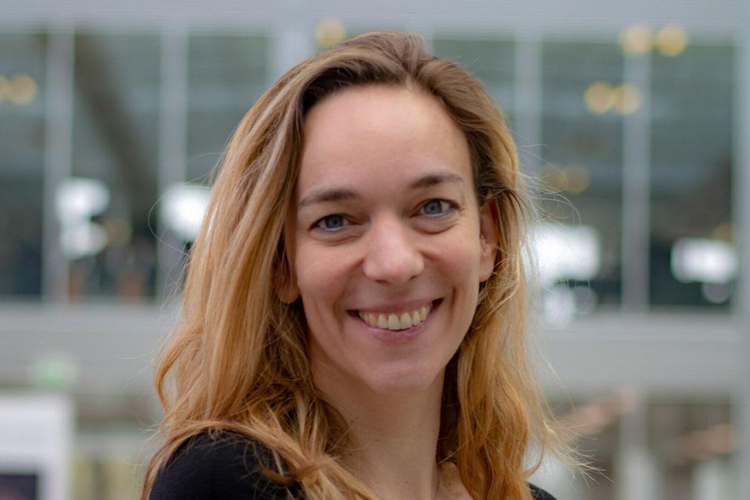 Lotte van de Ven (40) is sinds 2018 CEO van de Vencomatic Group, het bedrijf dat haar ouders startten in 1983 en dat zich richt op de ontwikkeling van een breed scala aan producten voor de pluimveehouderij. - Foto: Vencomatic Group