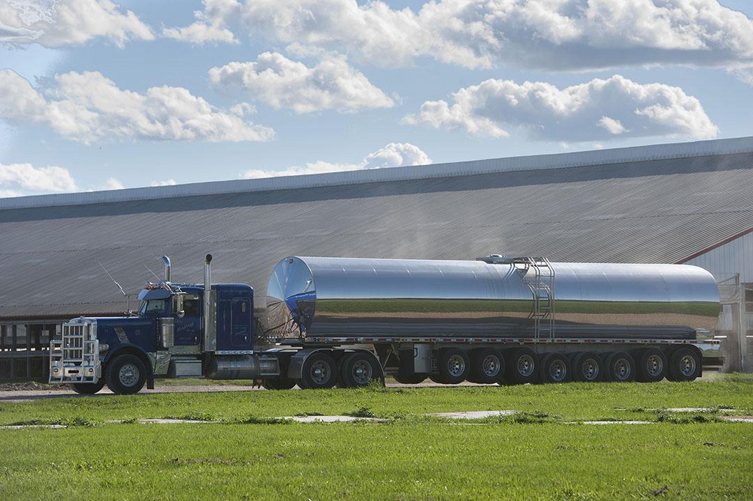 Het ophalen van melk in de Verenigde Staten. - Foto: Mark Pasveer
