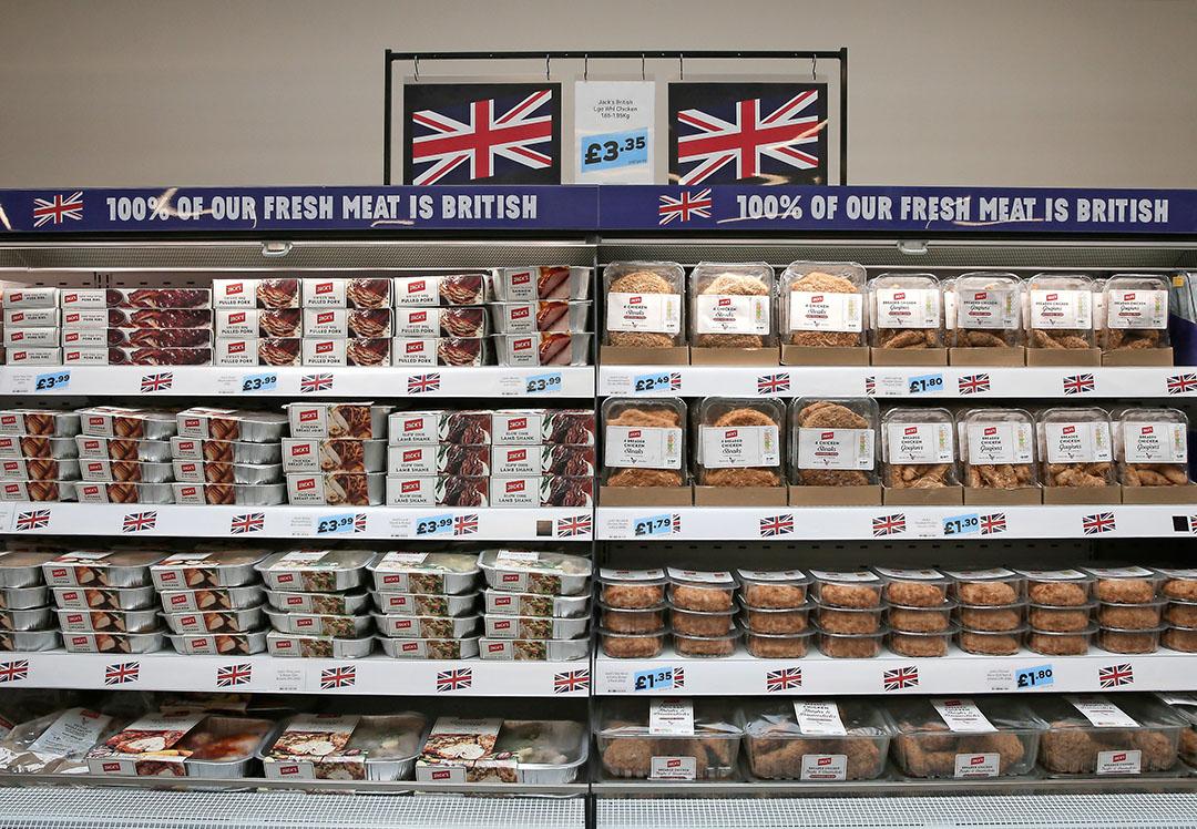 Britse supermarkten verkopen, vooral onder druk van de National Pig Association, zoveel mogelijk varkensvlees uit eigen land. Foto: ANP