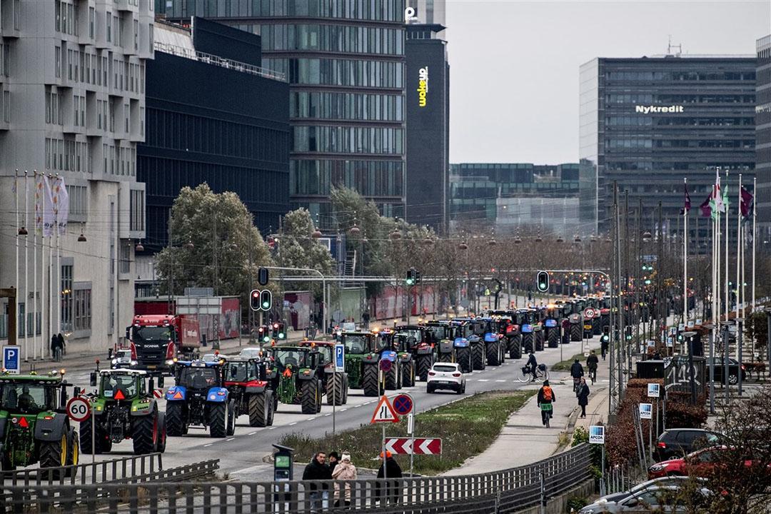 Trekkers rijden door de Deense hoofdstad Kopenhagen om te protesteren. - Foto: EPA/Nils Meilvang