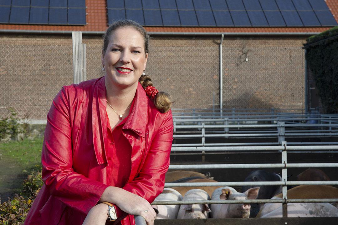 Merel Postma is manager ketenkwaliteit bij varkensketen Livar en Acedemisch Consulent aan de Universiteit Gent. - Foto: Twan Wiermans