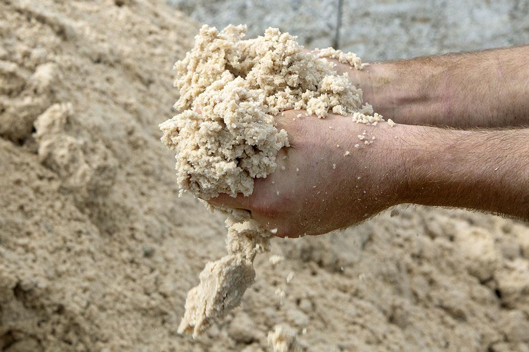 De levering van aardappelpersverzels is goed met korte levertijden, maar de verwerking ligt twee weken stil vanaf de laatste week van dit jaar. - Foto: Ton Kastermans